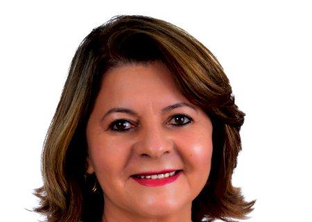 Ivonete pede a realização de asfalto entre a rodovia e a Vila Cristina, Fisioterapeutas Neurológicos para o Hospital e materiais para a Escola Agrícola