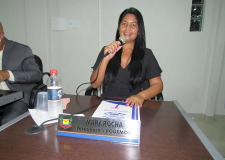 IVINHEMA: Vereadora Mary Rocha solicitou contratação de psicólogo para atender profissionais da saúde e manutenção em bueiros do bairro Eco Park
