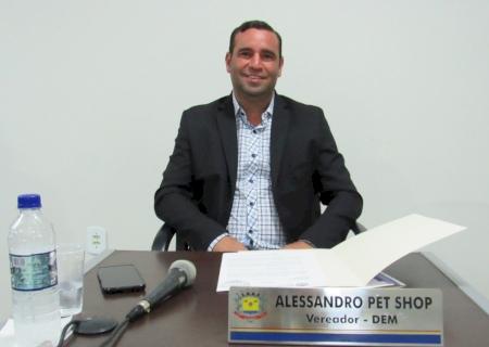IVINHEMA: Alessandro Petshop pediu a colocação de caçambas para coleta de lixo nas glebas e melhorias no Cemitério Municipal