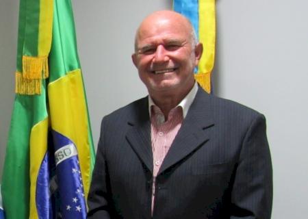 IVINHEMA: Vereador Dema indicou a substituição do gramado do campo de futebol Society da Praça de Eventos